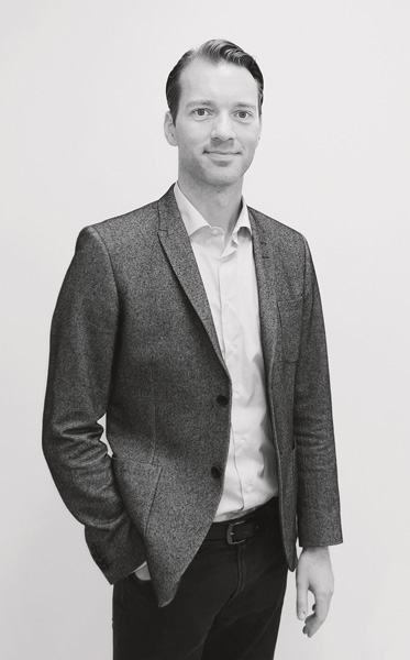 Kenneth Larsen CEO